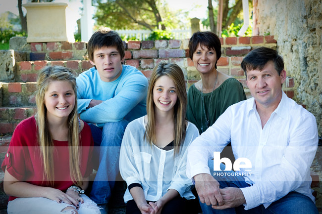 extended family portrait (4)