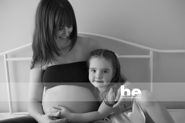 black and white maternity photo session perth (2)